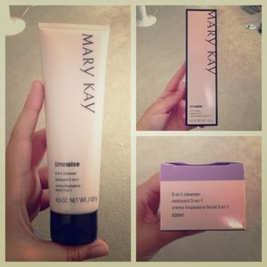 TimeWise 3-in-1 Cleanser - Combination / Oily